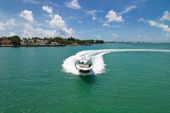 Sea Ray SLX 400 15
