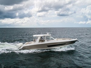 Boston Whaler 420 Outrage 0 large_2198116