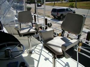 Cara Mia II 45 45. Fly Bridge Seating