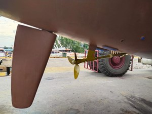Marlow 5 folding prop and rudder view