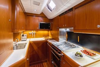 Caveo 18 kitchen_HDR1