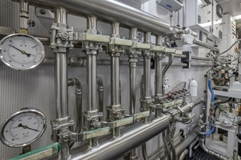 Nina Lu 91 2011 Westport 130 - Nina Lu - Engine Room