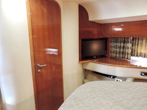 Small Change 19 VIP Guest Stateroom Forward