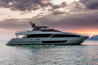 RIVA 110' DOLCEVITA - 22 - DELIVERY - OCT 2022 271744