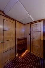 TRIDENT 10 Interior woodwork