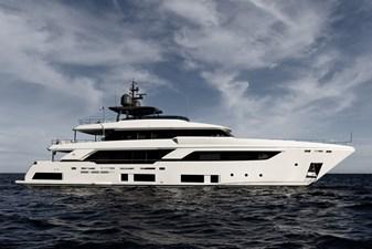 MAREA 10 Starboard Profile