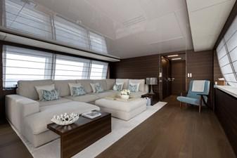 MAREA 33 Upper Deck Salon