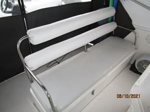 Kaos 20 19_2780267_55_symbol_flybridge_aft_seating