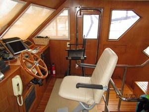 Kaos 35 34_2780267_55_symbol_pilothouse_starboard