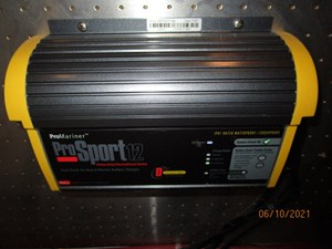Kaos 66 65_2780267_55_symbol_battery_charger2