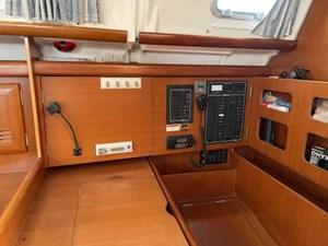 Juxtaposed 1 Juxtaposed 2007 BENETEAU 423 Cruising Sailboat Yacht MLS #271855 1