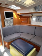 Juxtaposed 2 Juxtaposed 2007 BENETEAU 423 Cruising Sailboat Yacht MLS #271855 2