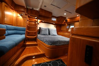 SIRONA 10 Owner's Stateroom 2