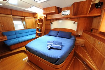 SIRONA 9 Owner's Stateroom 1