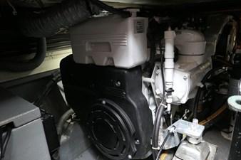 BONE IDLE 3 lochin-38-motor-cruiser-4