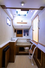 Betsey Too 10 34_obx_boatworks_betsy_2_console_3