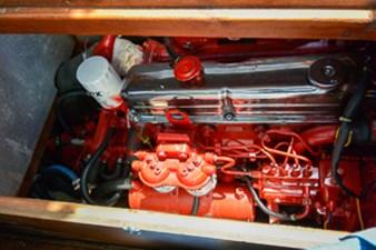 Gabbiano Azzuro 55 54 Engine mid ship salon