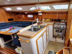Lucky Tiger 22 036 Galley