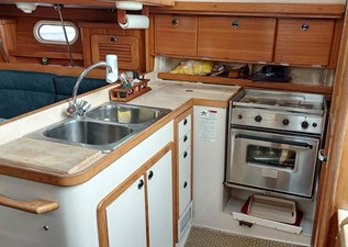 Lucky Tiger 23 037 Galley
