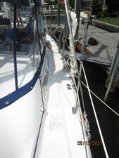 Cavu 10 9_2780363_51_morgan_port_side_deck