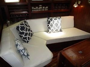 Cavu 22 21_2780363_51_morgan_salon_port_seating