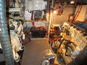 Cavu 40 39_2780363_51_morgan_mechanical_compartment2