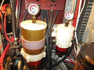 Cavu 43 42_2780363_51_morgan_racor_fuel_filters