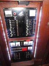 Cavu 46 45_2780363_51_morgan_electrical_panel