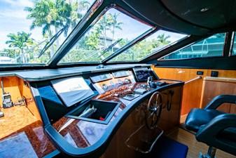 78 Ultra Motoryacht 30 7824279_20210406064943981_1_XLARGE