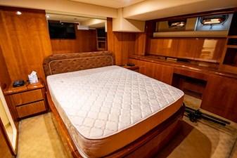 78 Ultra Motoryacht 56 7824279_20210406065041002_1_XLARGE