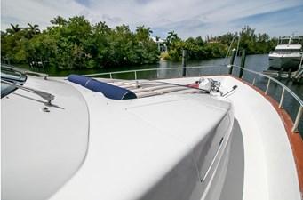 78 Ultra Motoryacht 86 7824279_20210406065148125_1_XLARGE