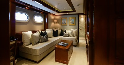 BLUE MOON 36 Guest Stateroom