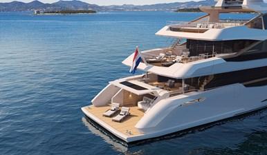 Moonen Marquis 3 Marquis-42m-exterior-beachclub-aft-SB-Moonen-Yachts