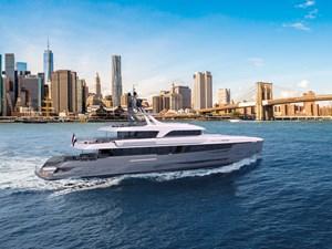 Moonen Monito 8 Monito-50m-exterior-back-gray-hull-Moonen-Yachts