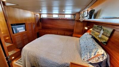 New Vector 56 075 New Vector Master Cabin Port wide