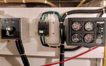 New Vector 73 106 New Vector Engine Room Generator Controls