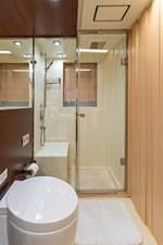 KELLY ANN 16 Port Aft Stateroom Bathroom