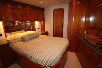 Sea Paver 21 Master Stateroom