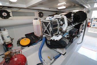 Sea Paver 41 Engine Room