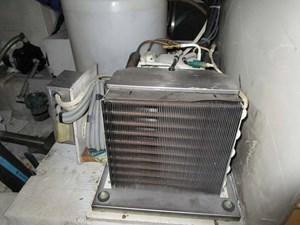 HOLY COW 58 Cockpit Freezer Compressor