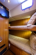 THE ROYAL BLUE 23 Starboard Guest Stateroom