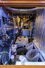 THE ROYAL BLUE 30 Engine Room