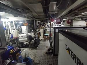 ALBINA 24 Engine Room 2