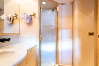 INSPIRED  21 VIP Bath