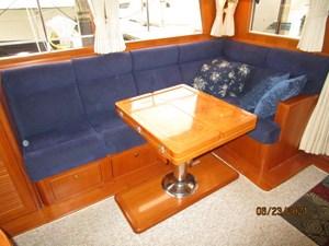 Triple 7 37 36_2780622_45_symbol_salon_seating
