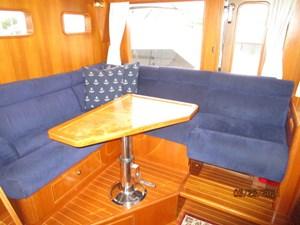 Triple 7 47 46_2780622_45_symbol_pilothouse_seating