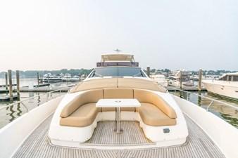 Ferretti  19 Ferretti 80 Foward Deck Seating
