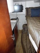 LADY ELISE 13 Port Bunk Room