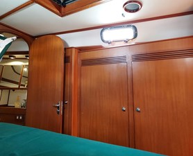 Night Flight 82 1106 Night Flight Guest Cabin Starboard