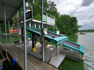 Jungle Float Tarzan Boat 12 x 34 Mobile Water Park 8 GOPR6109